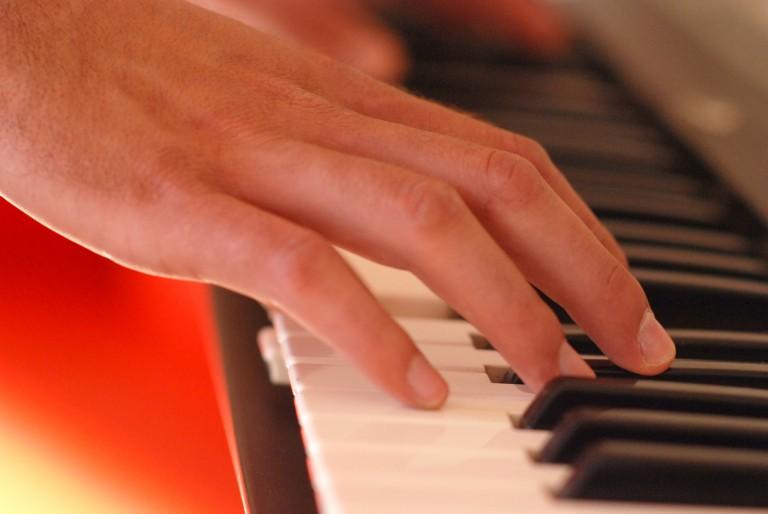 Ryan Jones Music M1 Keyboard
